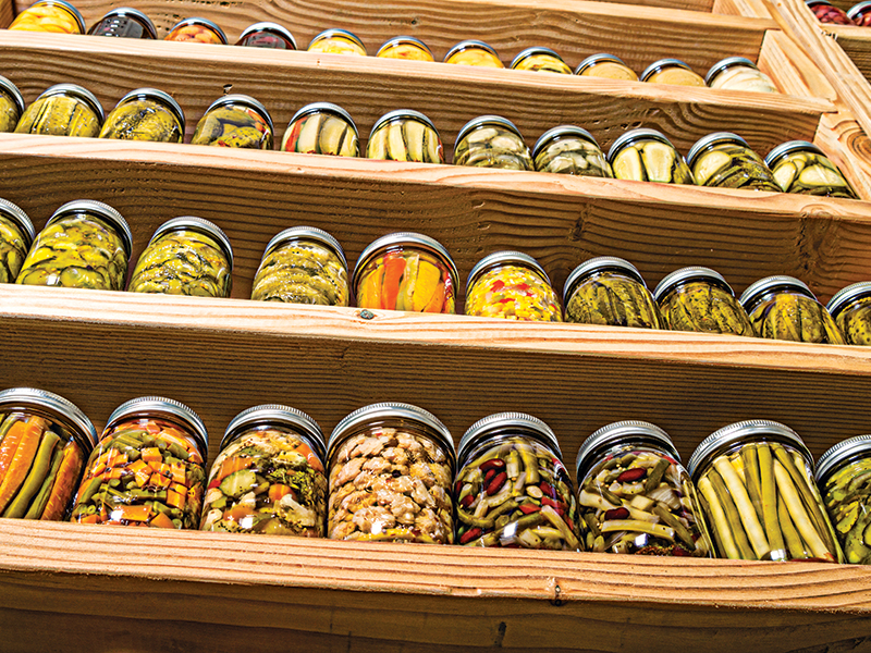 Stockpiling Food, Survival tips, canned food