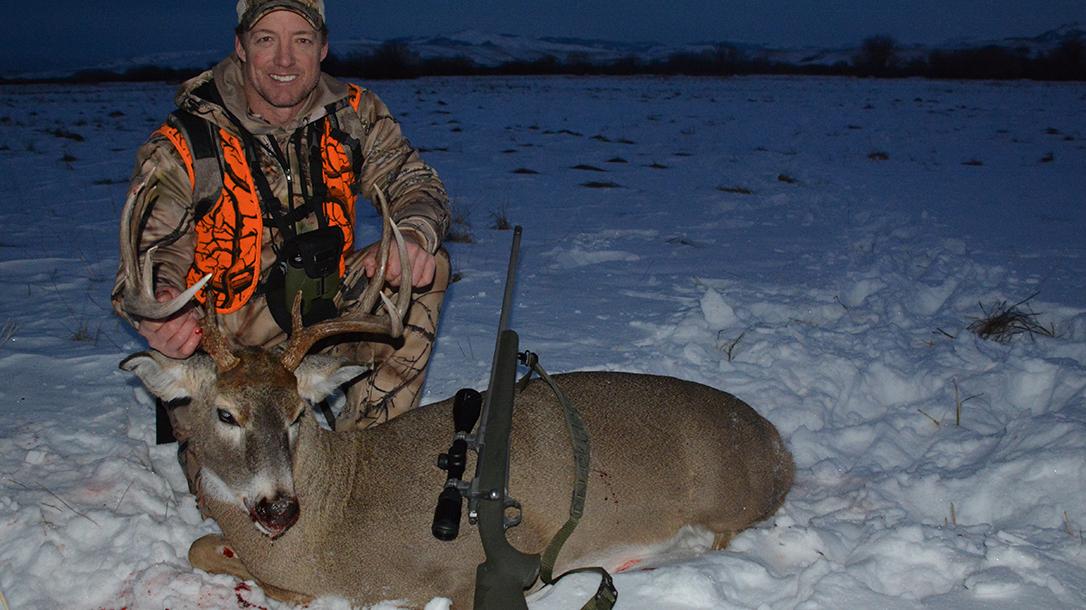 Mike Pawlawski NFL hunting deer