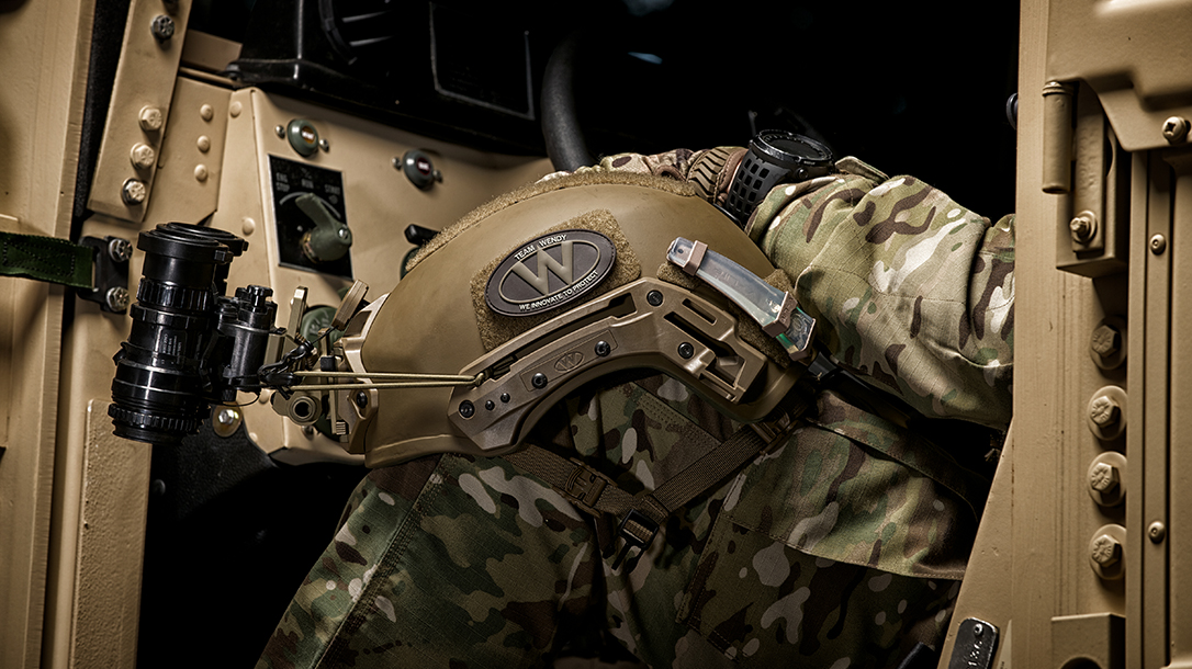 Team Wendy, Protective Helmets. military, knee