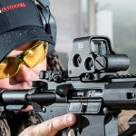 EOTech EXPS2 Green Holographic Weapon Sight, aiming