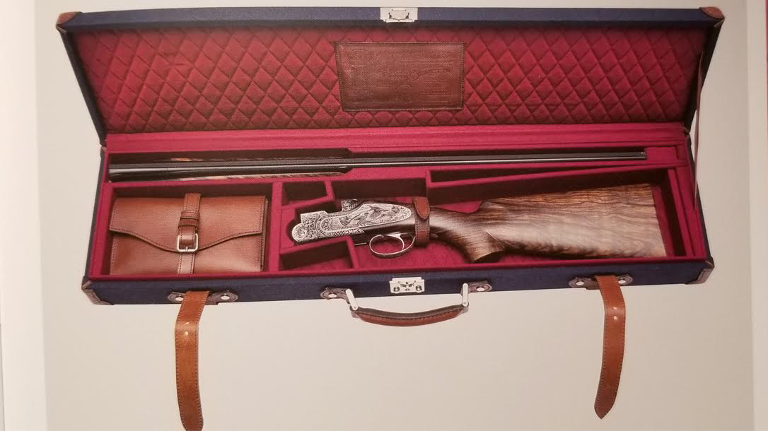 Beretta SL3 Premium Shotgun, launch, case