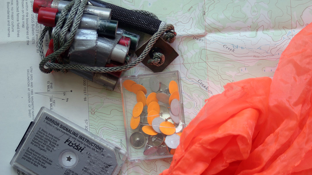 Trail Markers & Signal Devices, survival, mirror