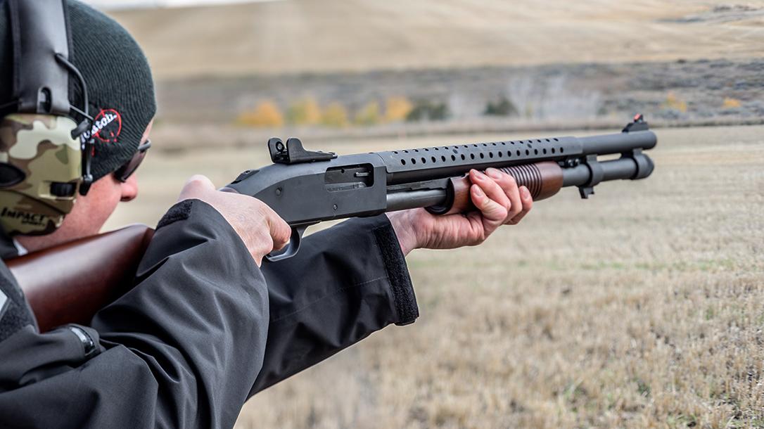 Mossberg 590A1 Retro Shotgun review, test