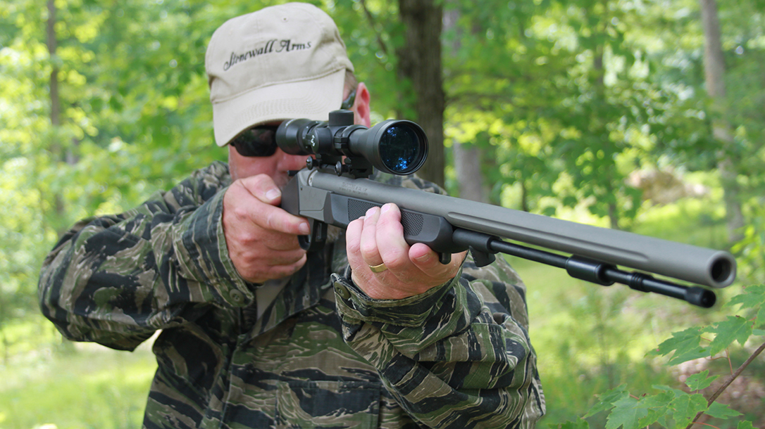 Traditions Pursuit G4 Ultralight 50 cal muzzleloader review, hunting