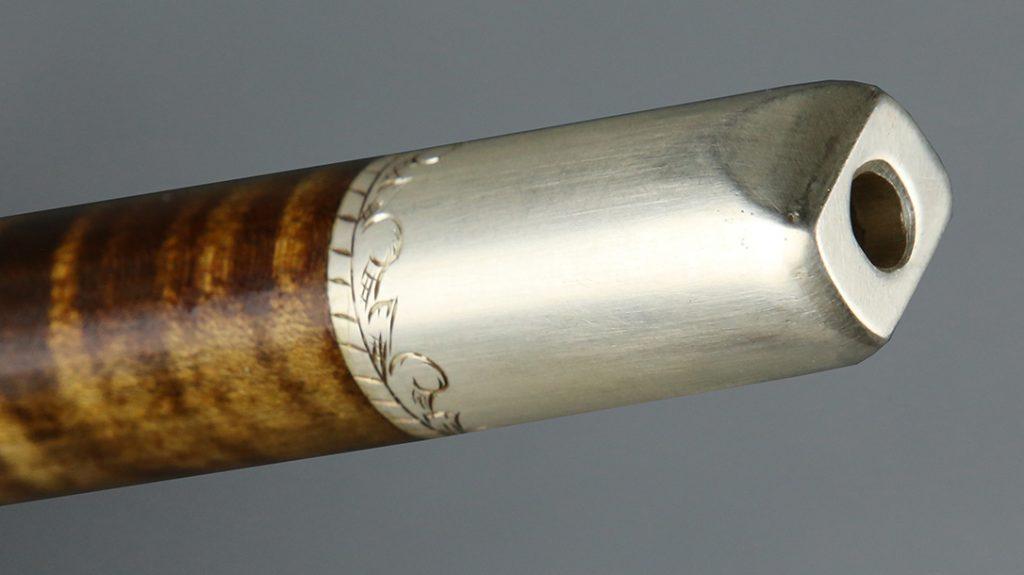 Pipe Tomahawk modern, mouthpiece
