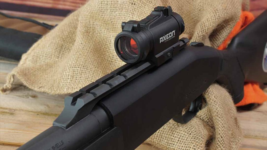 Mossberg 930 Slugster shotgun, Axeon Optics MDSR1 Red Dot