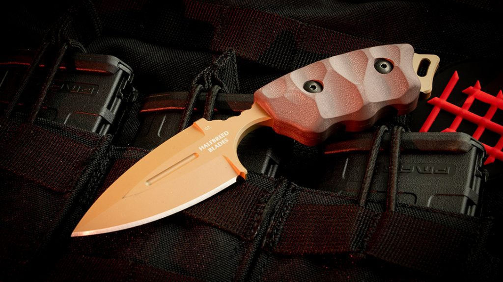 The 2.95-inch blade of the CCK-05 makes it legal in most jurisdictions, providing the perfect combative edge.