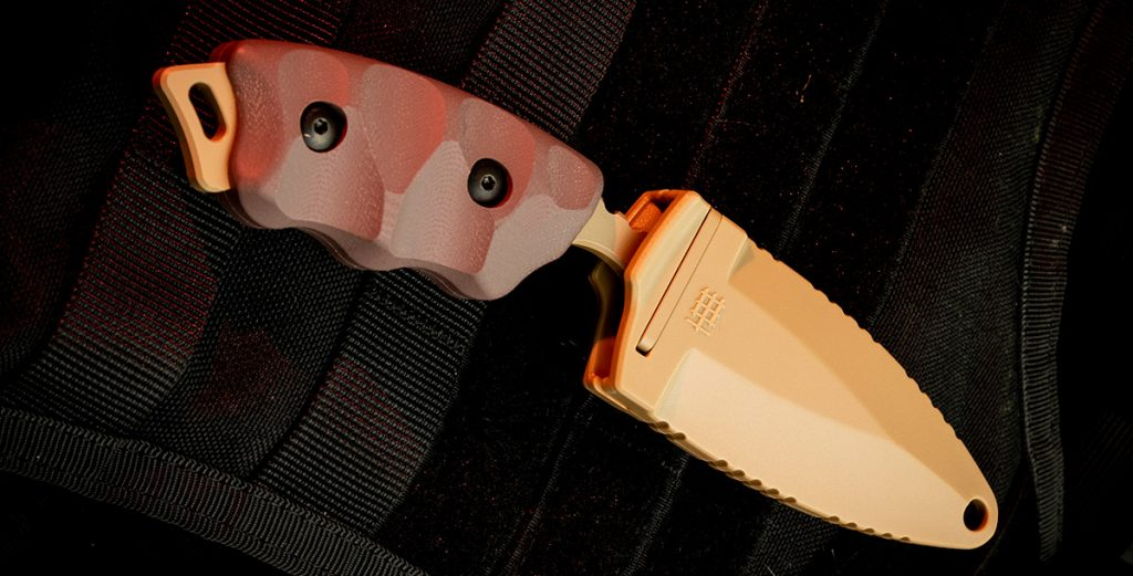 The injection molded plastic sheath of the CCK-05 is extremely solid and comes with an included 1-inch DOTS Molle Lock.